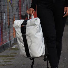 Backpack(白)アップサイクルブランド <AIRPAQ 社>